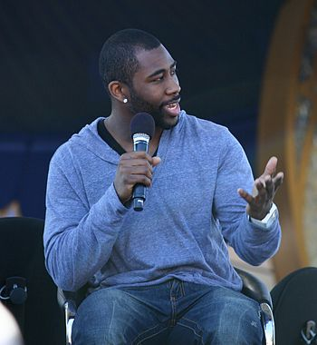 Cornerback Darrelle Revis, a first round draft pick of the New York Jets, had five tackles and an interception in the 2009 Pro Bowl Darrelle Revis ESPNWeekend2010-051.jpg