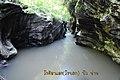Deep Crevices @ ผาเก๊าะ น้ำกูน รีสอร์ท - panoramio.jpg