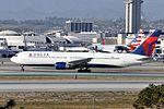 Delta Air Lines, Boeing 767-332, N1402A - LAX (19492263704).jpg