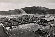 Den siste appell på Grini fangeleir, 8. mai 1945, Oslo Museum, OB.F12570c - Crop