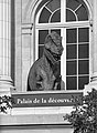 Dinosaure à Paris.jpg
