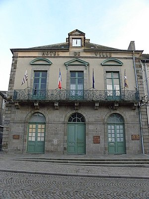 Dol-de-Bretagne - Image: Dol de Bretagne (35) Mairie