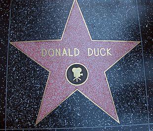 La stella di Paperino sulla Hollywood Walk of Fame
