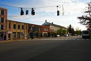 Cazenovia, New York - Image: Downtown Cazenovia, NY May