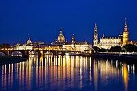 Dresden from Albertbrücke.jpg