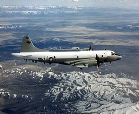 Un EP-3 en vol de l'United States Navy.