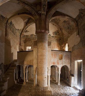 San Baudelio de Berlanga - Current view of the Central pillar of San Baudelio de Berlanga.