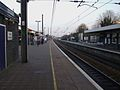 Ealing Broadway stn mainline slow look east.JPG