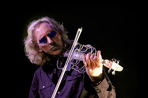 Eddie Jobson - Eddie Jobson performing in 2009