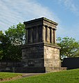 Edinburgh Playfair's monument 02.JPG