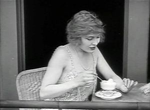 Edna Purviance - Edna Purviance in The Adventurer (1917)