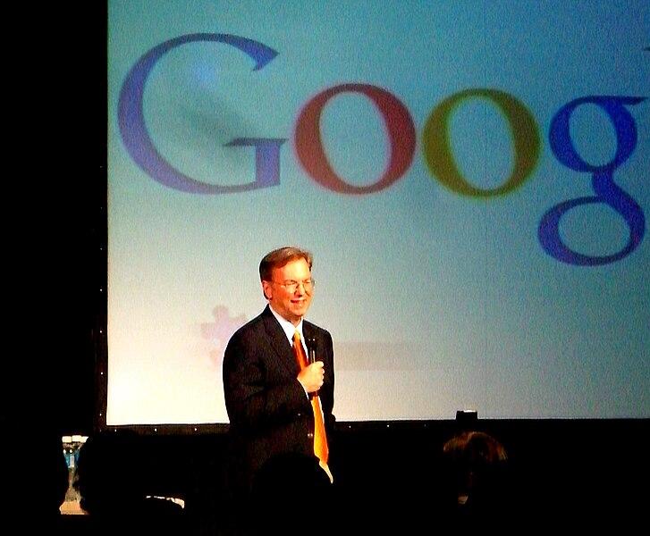 http://upload.wikimedia.org/wikipedia/commons/thumb/4/45/Eric_Schmidt.jpg/727px-Eric_Schmidt.jpg