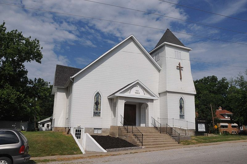 File:FIRST CHRISTIAN CHURCH, SWEET SPRINGS, SALINE COUNTY, MO.jpg