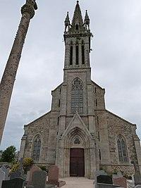 Façade ouest de l'église Notre-Dame (Plouguiel).jpg