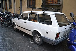 Fiat 127 Panorama in Florence-rear.jpg