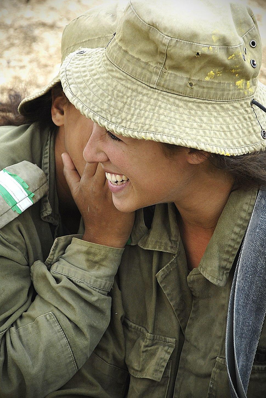 Flickr - Israel Defense Forces - Infantry Instructors at Break, Nov 2010