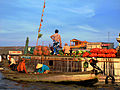 Floating Market Can Tho2.jpg