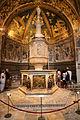 Fonte battesimale di Siena.jpg