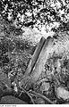 Fotothek df rp-e 0380002 Hochkirch-Sornßig. Ehem. Mühle, steinernes Gerinne an der ehem. Radgrube.jpg