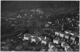 France. Town of Nilvange. (Steel mill) - NARA - 541672.tif
