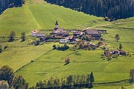 Frauenstein Steinbichl mit Pfarrkirche hl. Nikolaus 26052021 8945.jpg