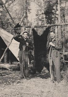 Fred Bear and Jim Henderson moose hunt 1943.jpg
