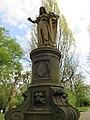 Friedensengel - Hannover-Linden Stadtfriedhof Am Lindener Berge (Lindener Bergfriedhof) - panoramio (2).jpg
