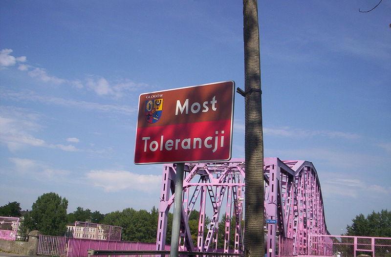 File:Głogów Most Tolerancji 2005.jpg