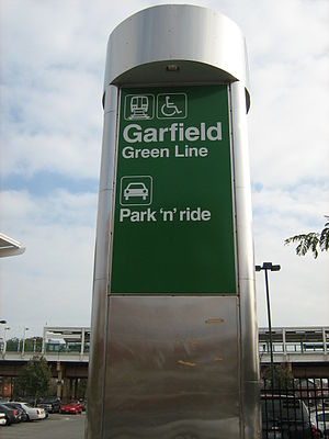 Garfield station (CTA Green Line) - Image: Garfield CTA Sign