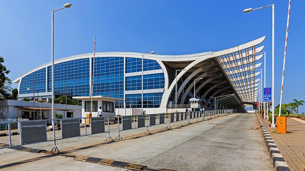 Goa-Vasco 03-2016 12 Dabolim Airport