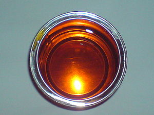 Golden syrup - Golden syrup's characteristic amber color