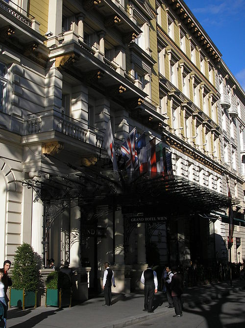 Grand Hotel Wien Fruhstuck