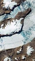 Greenland glaciers ESA344671.jpg