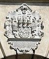 Guestrow Wappen Schlosseingang.jpg