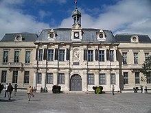 Monuments et lieux touristiques de troyes wikip dia for Piscine des chartreux troyes