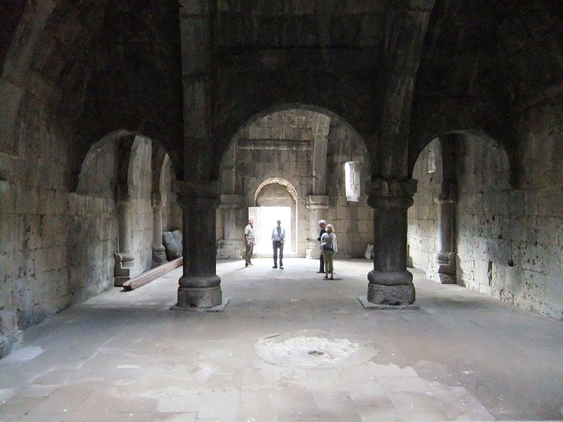 File:Haghpat Monastery - refectory.jpg