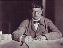 Hans Poelzig, 1927.jpg