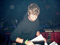 Hardy-hard-kufa-1-10-2004.jpg