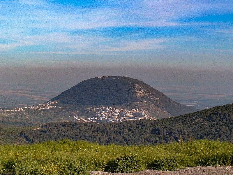 Гора Фавор, вид со стороны Назарета