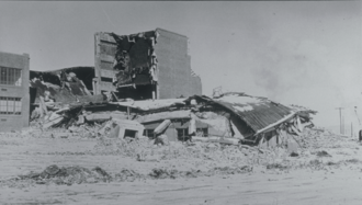 1935 Helena earthquake - The west wing of the Helena High School after its collapse during the October 31 aftershock following damage during the October 18 mainshock