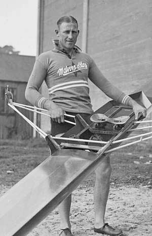 Bobby Pearce (rower) - Pearce in the 1930s