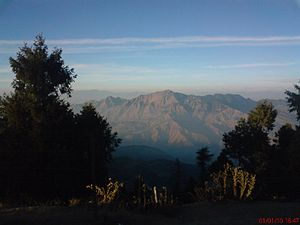 English: View of the Himalayas from Kufri, Him...