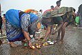 Hindu Devotees Preparing Surya Puja - Makar Sankranti Observance - Kolkata 2018-01-14 6569.JPG