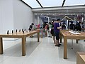 Hk 觀塘 Kwun Tong aPM shop Apple Store interior August 2017 iPhone 07.jpg