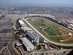 Hollywood Park u Inglewoodu, daleko od Hollywooda