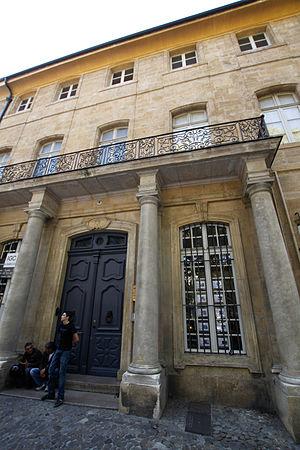 Hôtel d'Esmivy de Moissac - Image: Hotel d esmivy de moissac 4 cours mirabeau aix en provence 1