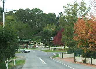 Houghton, South Australia - The main road