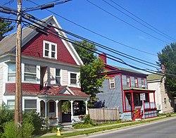 Houses on Washington Street, Saratoga Springs, NY.jpg