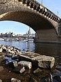 Hungerstein an der Augustusbrücke in Dresden (6).JPG