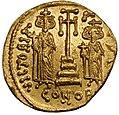 Impero romano d'oriente, costantino IV, eraclio e tiberio, emissione aurea, 674-680 ca..JPG
